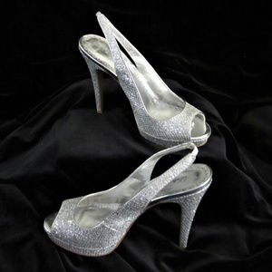 Silver Glitter Shoes by $60 Life Stride L size 8 M